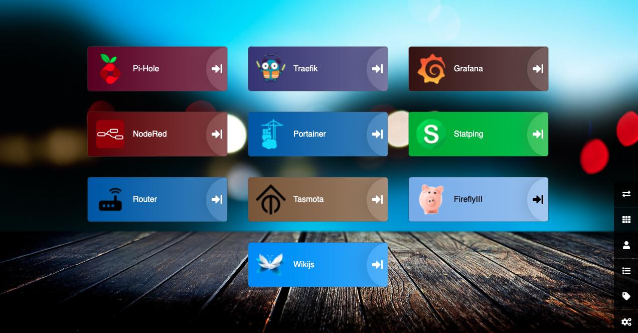 Dashboard de Heimdall con algunas aplicaciones web añadidas